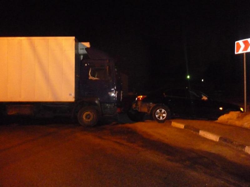 Фургон въехал в БМВ вБелгородском районе
