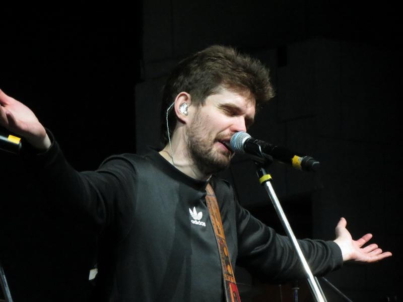 NOIZEMC открыли рок-фестиваль вЗавидово миротворческим концертом